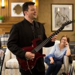 Musical entertainment at Kingsway Aurora Retirement Residence