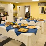 Snack time at Kingsway Aurora Retirement Residence